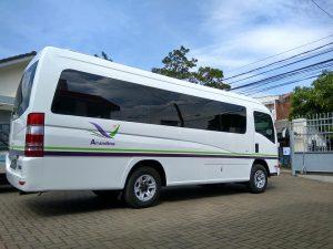 Sewa Elf Jakarta ke Pantai Santolo