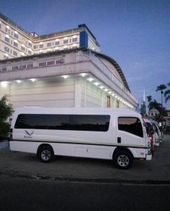 Rental ELF Jakarta Bali